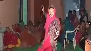 Indian bhabhi from Haryana dancing in her friend wedding party