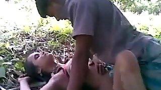 Bangla gf with her boyfriend fucked in open fields