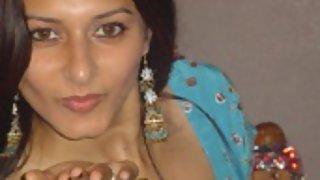 Pakistani model exposing their hidden jewels