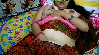 Velamma bhabhi masturbating in saree pressing her big tits
